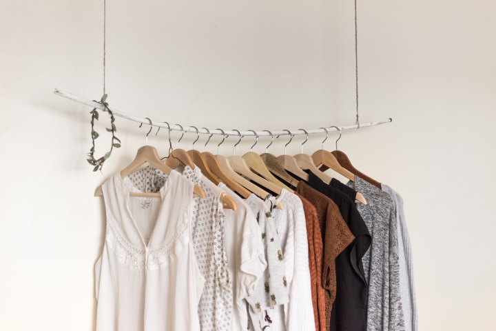 How to Consciously Clean Out YourWardrobe